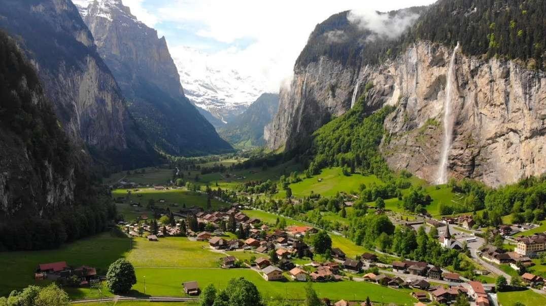 پرواز بر فراز لاوتربرونن ، سوئیس