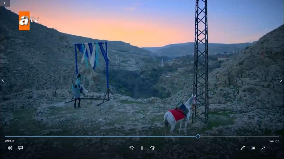 سکانسی از قست اول سریال هرجایی ( تردید )  + زیرنویس فارسی